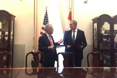 Paraguay firma acuerdo marco de comercio e inversiones con Estados Unidos