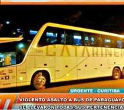 Asaltan a bus de paraguayos
