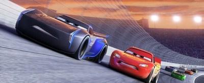 """Cars 3"" presenta su primer tráiler"