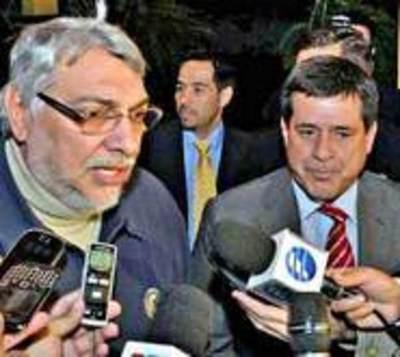 Cartes y Lugo negocian para la enmienda