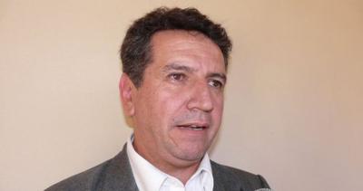 """Ex intendente """"esquiló"""" a la comuna del Ovecha Rague"""