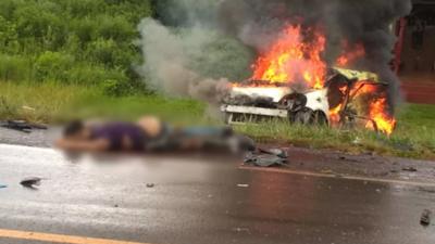 Muere conductor tras choque y su auto es consumido por las llamas