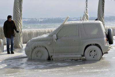 Refugiados, víctimas de ola polar europea