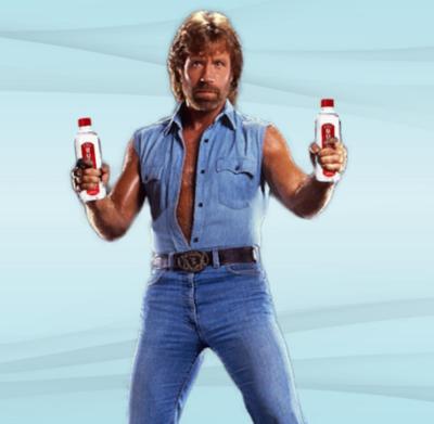 Chuck Norris ya tiene su propia marca de agua embotellada