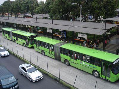 José Tomás Rivarola explica los motivos del atraso en la obras del Metrobús