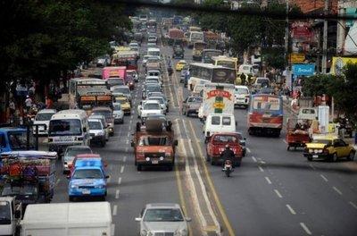 Alertan sobre consecuencias provocadas por vehículos que exceden su vida útil