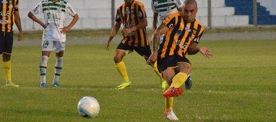 Luqueño vuelve victorioso de sus pasos por Uruguay
