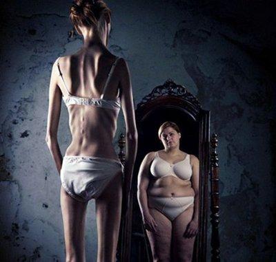 Anorexia y bulimia son más comunes en mujeres de 40 y 50 años