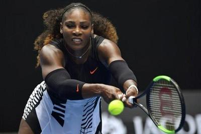 Serena y Nole abren fuertes