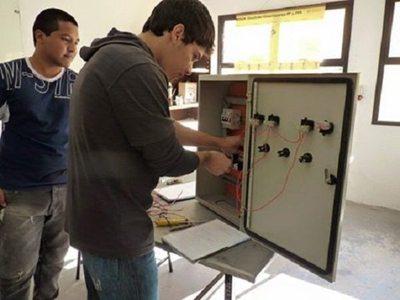 ¡Purete! Curso de auxiliar técnico electricista