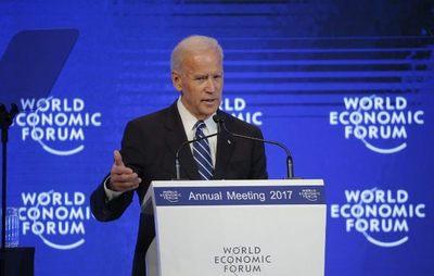 Joe Biden critica en Davos a Putin por romper el orden mundial