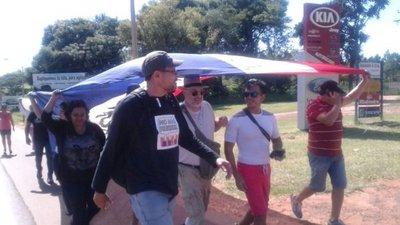 Payo Cubas y sus amigos siguen caminando por la Justicia