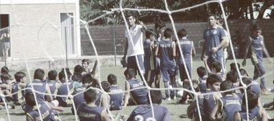 Salvador Cabañas: El Mariscal de los pequeños sueños