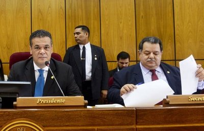 Titular del Congreso rechazará proyecto de enmienda