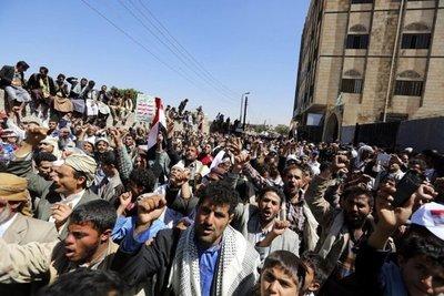 Unos 40 muertos en enfretamientos por el control yemení