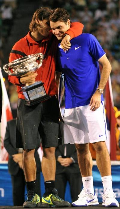 """Nadal dice que es un """"privilegio"""" enfrentar a Federer"""