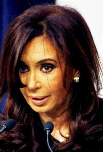 Kirchner, investigada por lavado de dinero