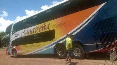 Bus varado con paraguayos ya solucionó incoveniente