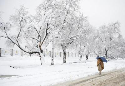 Más de cien fallecidos por las intensas nevadas