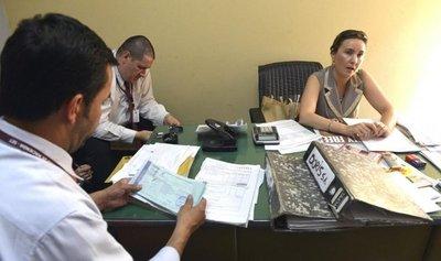 Redes sociales siguen siendo vulnerables en Paraguay, según Fiscal