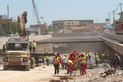 """Posponen cierre de avenidas en zona de """"superviaducto"""""""