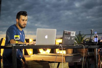 House Brigada: Fusión de electrónica con sello guaraní