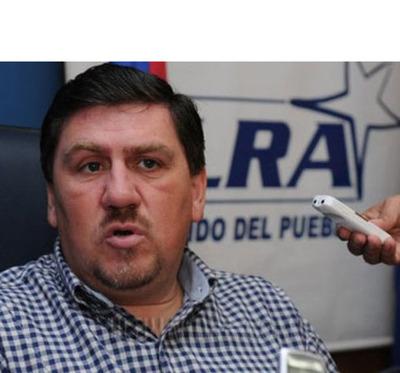 Diputado publica supuesto documento de afiliación colorada de Blas Llano