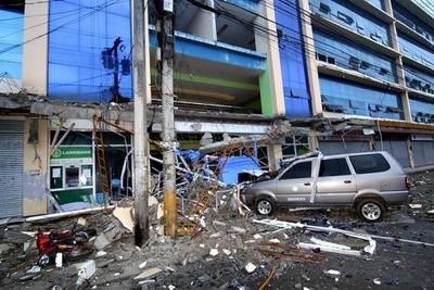 Fuerte terremoto deja al menos cuatro muertos en Filipinas