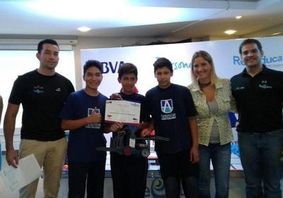 El centro Arambé está como finalista en un torneo de robótica