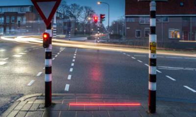 En los Países Bajos pusieron semáforos en el suelo para los que tienen la manía de caminar mirando el teléfono