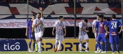 Libertad gana la pulseada a Cerro Porteño y se afirma arriba