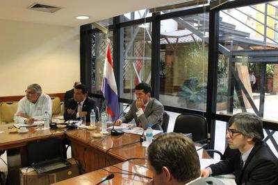 Analizan el reglamento para la elección de los candidatos a la Fiscalia General