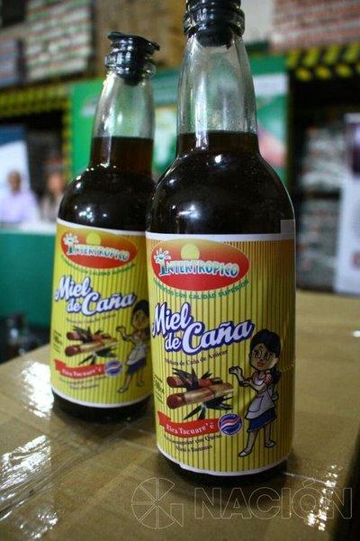 Miel de caña hecha en Quiindy, rumbo a Europa