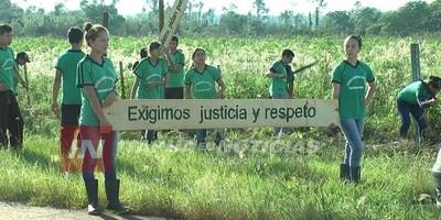 ESCUELA AGRÍCOLA SAN BENITO PIDIERON PERMISO A OCUPANTES PARA LIMPIAR EL MANDIOCAL