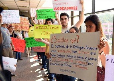 Escrachan a fiscal del caso Rodríguez Andersen