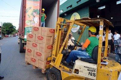 Exportan a España 900 litros de miel de caña