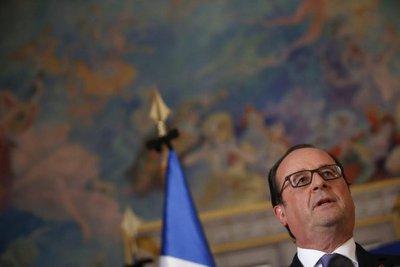 Hollande pide a Trump que no desprecie a París