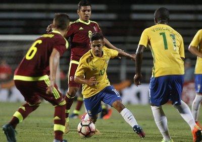 Brasil gana a Venezuela y es líder del grupo B