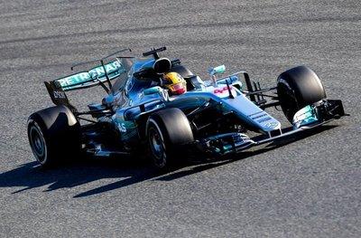 Hamilton y Mercedes siguen dominando la F1