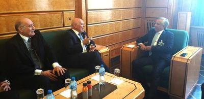 Canciller se reunió con autoridades de Qatar y Letonia