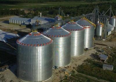 Cartes preside inauguración de planta industrial en el sur