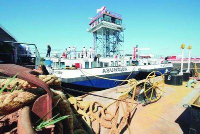"""''Nautic Twin"""" el buque más grande de la región presto para navegar"""