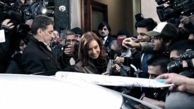 Cristina Fernández llega a los tribunales para declarar por presunto blanqueo