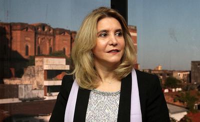 Unas 21 instituciones del Estado paraguayo se suman al paro de mujeres