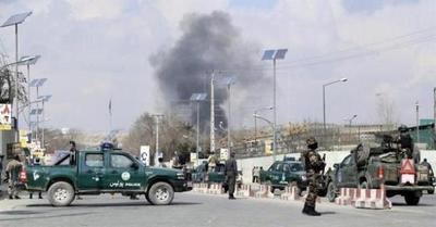 Más de 30 muertos en ataque a hospital militar en Afganistán