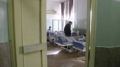 Confirman 35 muertos y 53 heridos en hospital en Kabul