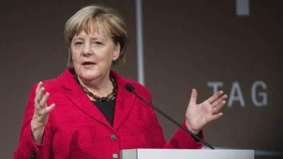 """Merkel apuesta por la relación con Turquía pese a ataques """"inaceptables"""""""