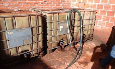 Decomisan unos 5.000 litros de gasoil en Chaco'i