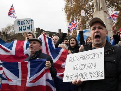 """Un nuevo referéndum escocés complica el """"brexit"""""""