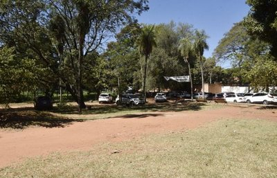 Municipalidad no regulariza parque Pavetti y permite que sea ocupado